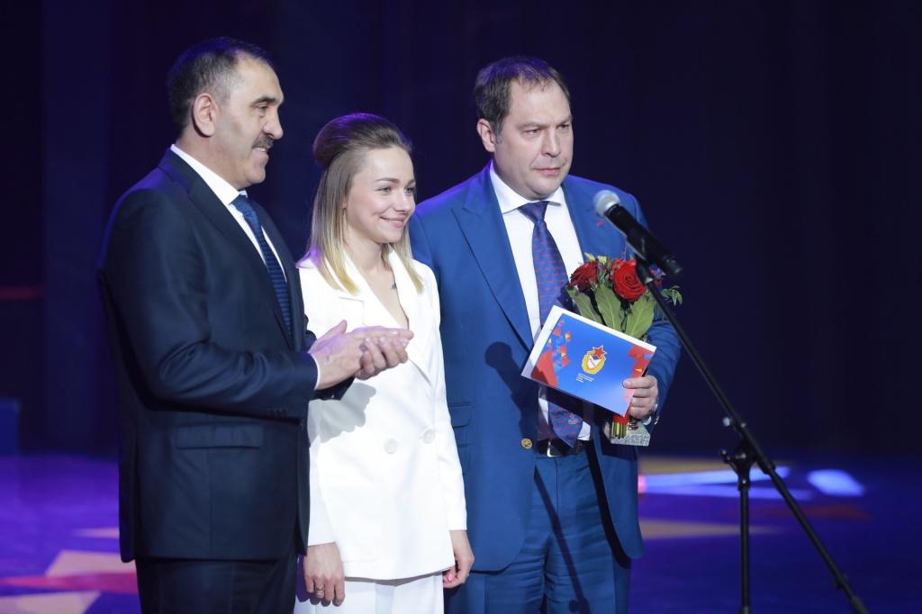 Алексей Хворостян поздравит сюбилеем ЦСКА и«Армейцев года»