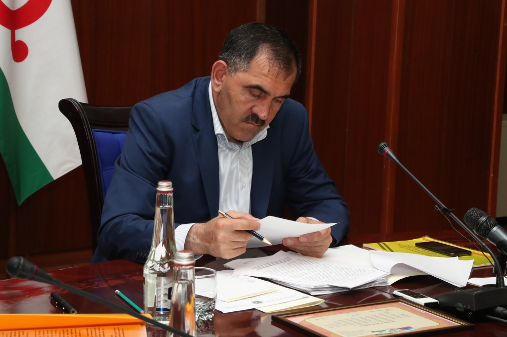 «Не нужно данного бояться»: Евкуров призвал ввести цензуру вкинематографе